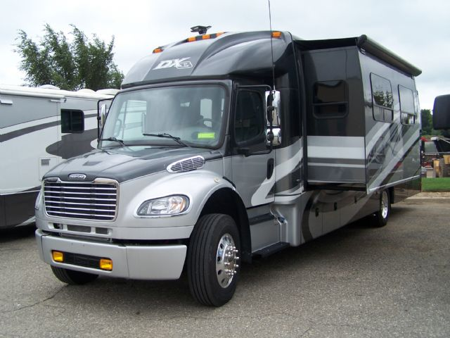 2015 DYNAMAX DXC37BHHD 37BHH - Stock # : 0440 Michigan RV Broker USA
