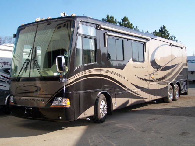 Newmar Mountain Aire 4304 - Stock # : 0051 Michigan RV Broker USA